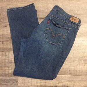Levi's 905 straight leg jeans. Size 33